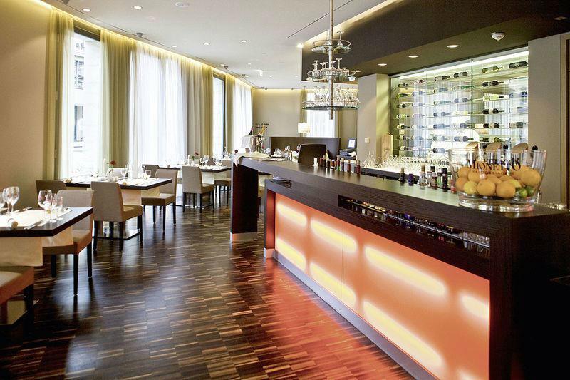 Beispiel: Bar, Foto: Restaurant Heinricus.