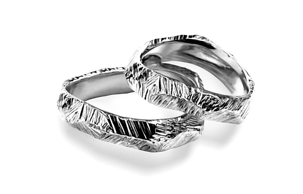 Fedi Matrimoniali scultura  Efrem Guidi Oro Bianco al Palladio LGBT community gay Wedding  rings Italy Milano Brera