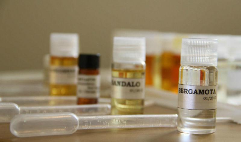 A Mon Absolu trabalha com matérias primas importadas de Grasse, França