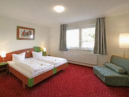 Beispiel: Zimmer, Foto: Gasthof Linde.
