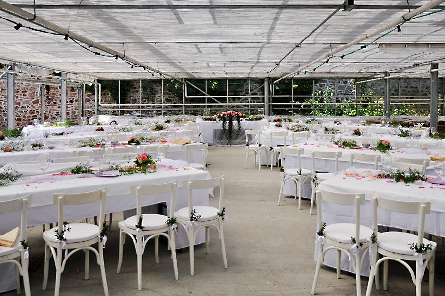 Beispiel: Hochzeitsgedeck, Foto: Klosterhof Neuburg.