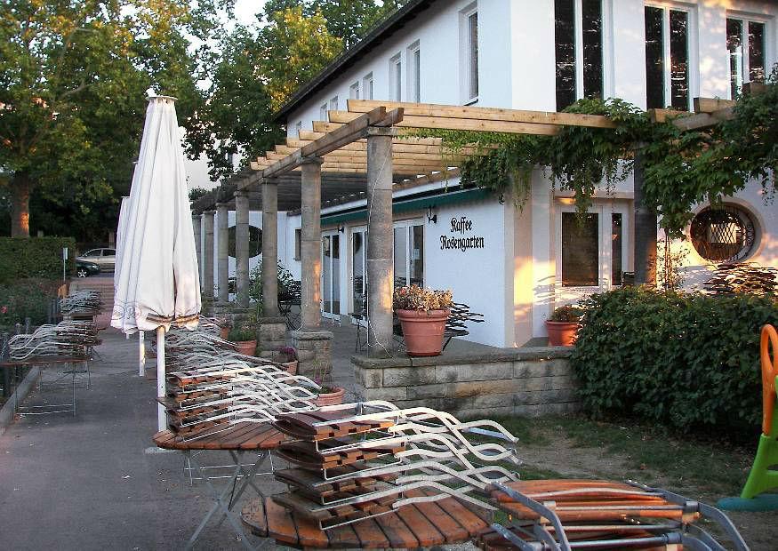 Beispiel: Terrasse, Foto: Kaffee Rosengarten.