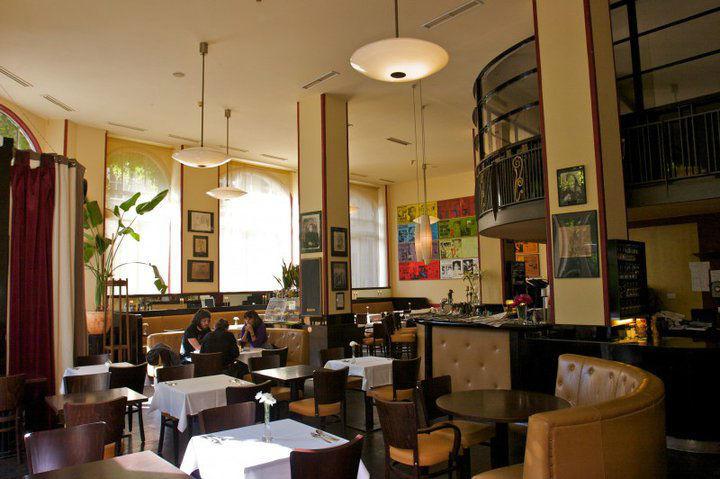 Beispiel: Räumlichkeiten, Foto: Telegraph - Café & Restaurant.