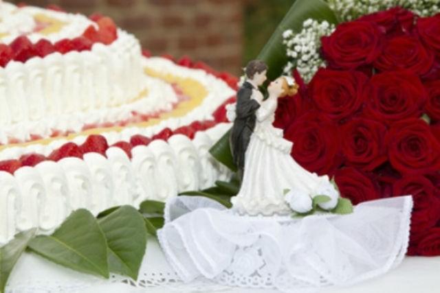 Beispiel: Hochzeitstorte, Foto: Casa Italiana Da Alberto.