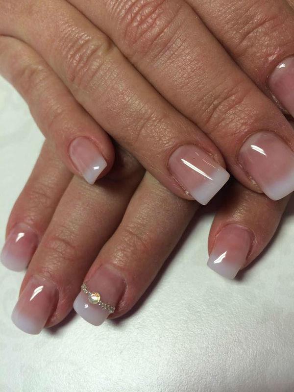Beispiel: French Manicure, Foto: In Sachen Styling.