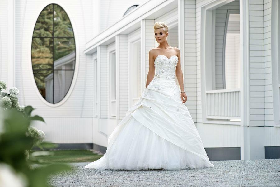 Beispiel: Verführen Sie Ihren Bräutigam, Foto: Mery's Couture Aarau.