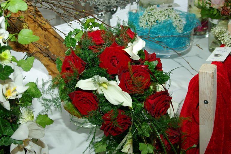 Beispiel: Florale Dekoration, Foto: Hotel zur Treene.