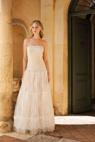 Beispiel: Brautmodenkollektion, Foto: Festtruhe.
