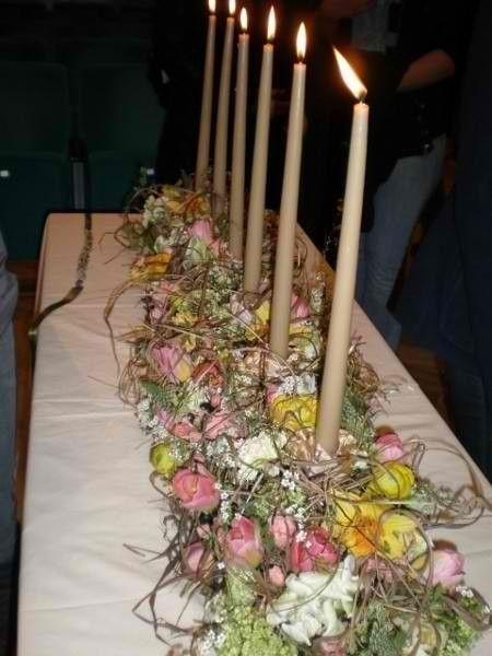Beispiel: Blumen für den Festsaal, Foto: Moni's Blumenladen.