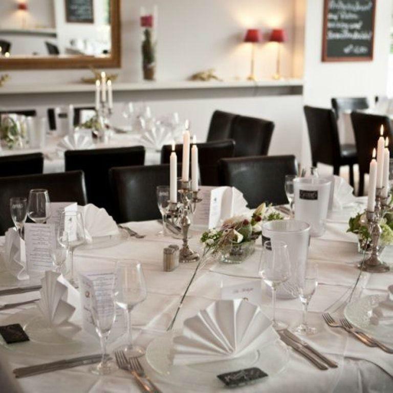 Beispiel: Tischgedeck, Foto: Hotel Restaurant Seeterrassen Wandlitzsee.