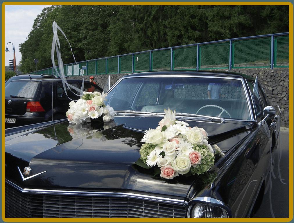 Beispiel: Autoschmuck, Foto: Die Blumen-Lounge Göllner.