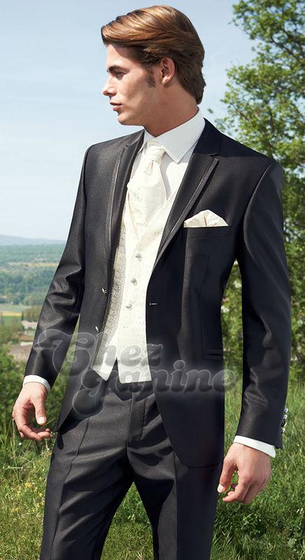 Beispiel: Der Anzug für Ihren großen Tag, Foto: Chez Janine.