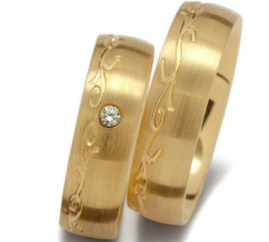 Beispiel: Goldring mit Diamantbesatz, Foto: Seilnacht.