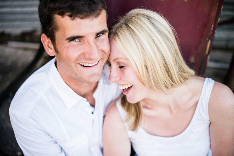 Beispiel: Romantische Verlobungsfoto, Foto: Jon Pride Photography.