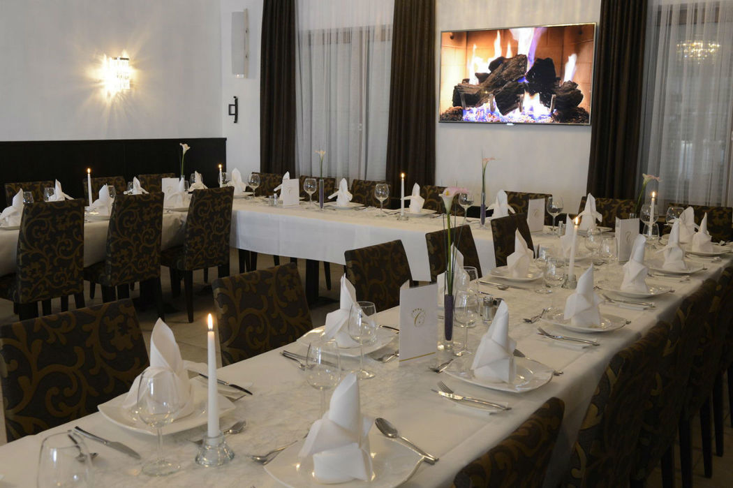 Beispiel: Hochzeitstafel, Foto: Hotel Chirstkindlwirt.