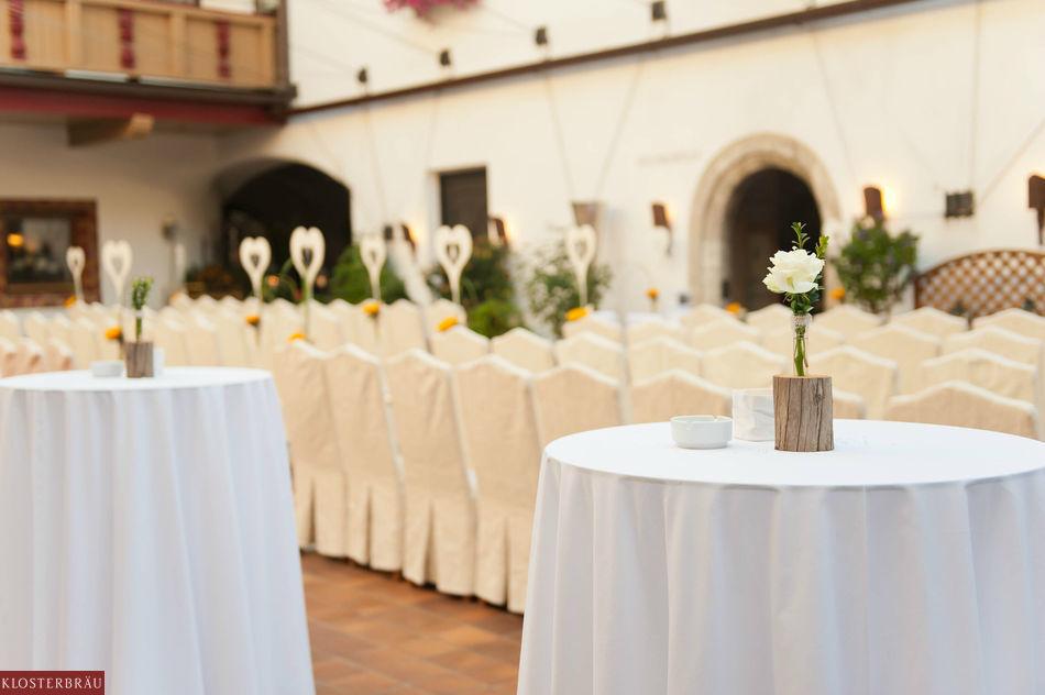Beispiel: Sektempfang und Hochzeitsmenü, Foto: Hotel & Spa Klosterbräu.