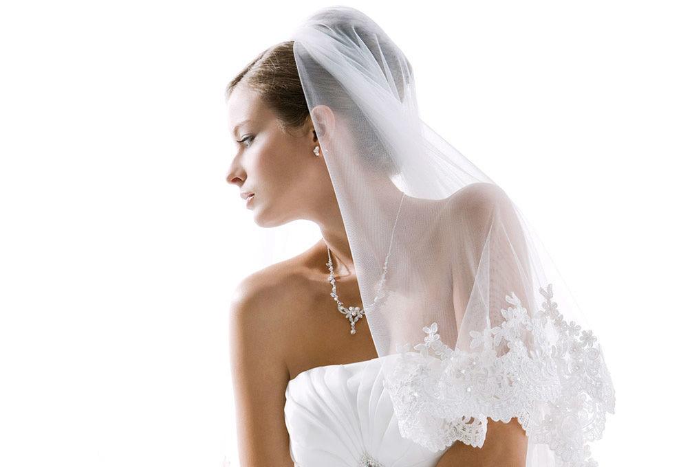 Beispiel: Brautschleier mit Spitze, Foto: Bigis Schatzkiste.