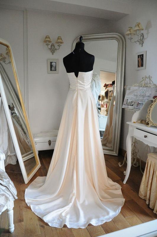 Robe de mariée fluide en pongé de soie Champagne Agnès Szabelewski