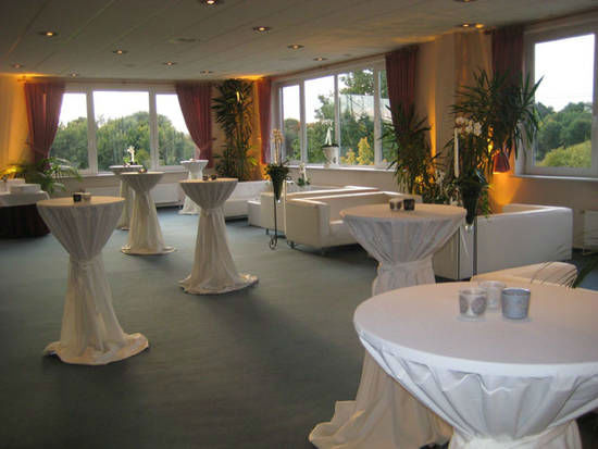 Beispiel: Stehempfang, Foto: Dwenger Catering & Events.