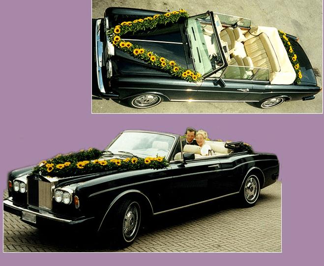 Beispiel: Autoschmuck, Foto: Blumen Ilona Bauer.