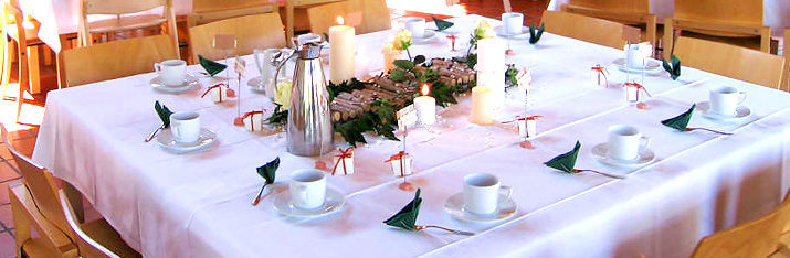 Beispiel: Tischdekoration, Foto: Hohenwart Forum.