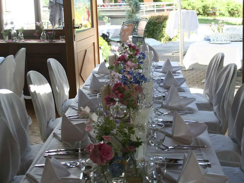 Beispiel: Ihre Hochzeitstafel, Foto: Restaurant Landgasthof Bogner.