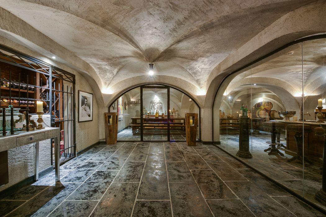 Cave Photo Fou d'Images