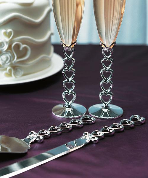 Beispiel: Tischset Herzen, Foto: Heiratshop.
