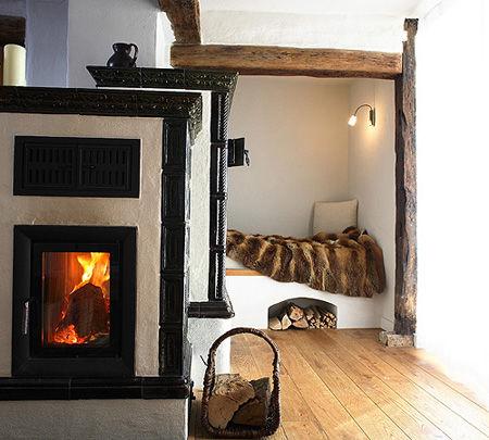 Beispiel: Zimmer mit Kamin, Foto: Hofgut Maisenburg.