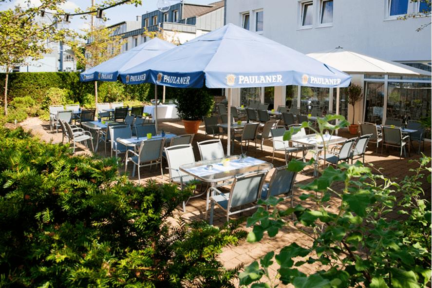 Sonnige Terrasse, Foto: Hotel-Restaurant Roemer