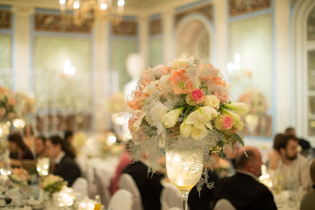 Beispiel: Schlosshochzeit Foto: wedding AGENCY