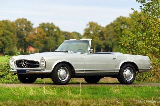 Beispiel: Mercedes-Benz 230 SL, Foto: Hamburger Oldtimer Verleih.