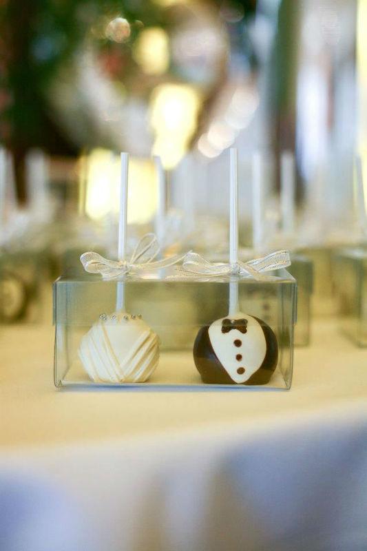 Cakepops de novios como regalo para tus invitados