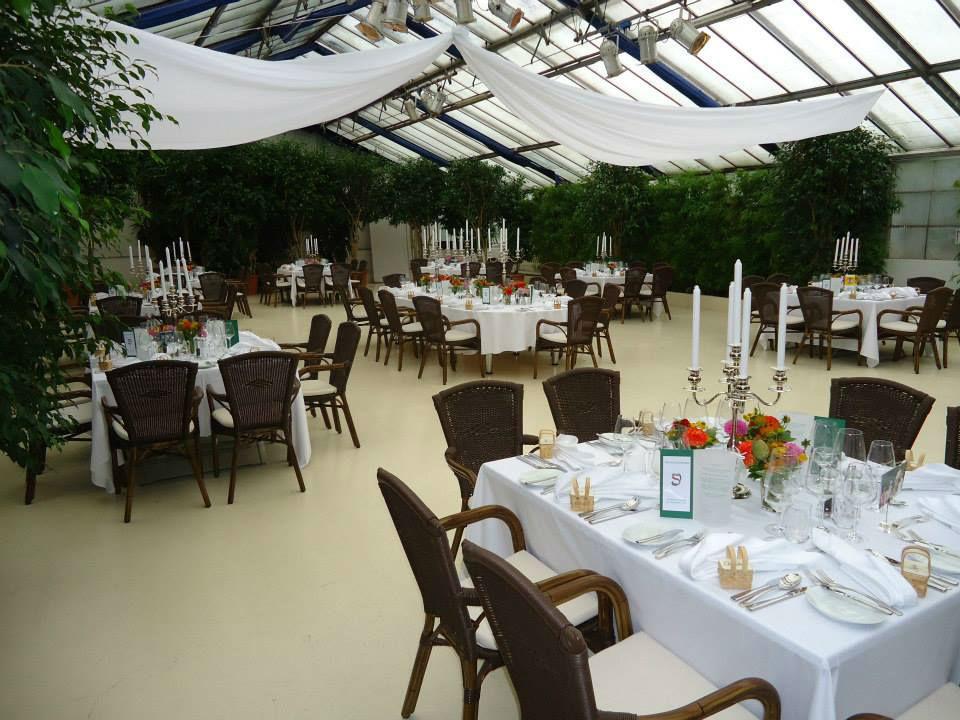 Beispiel: Mieten Sie Geschirr und Besteck, Foto: Die Hochzeitsgestalter.