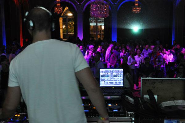 Beispiel: Auftritt, Foto: BK Club Night.