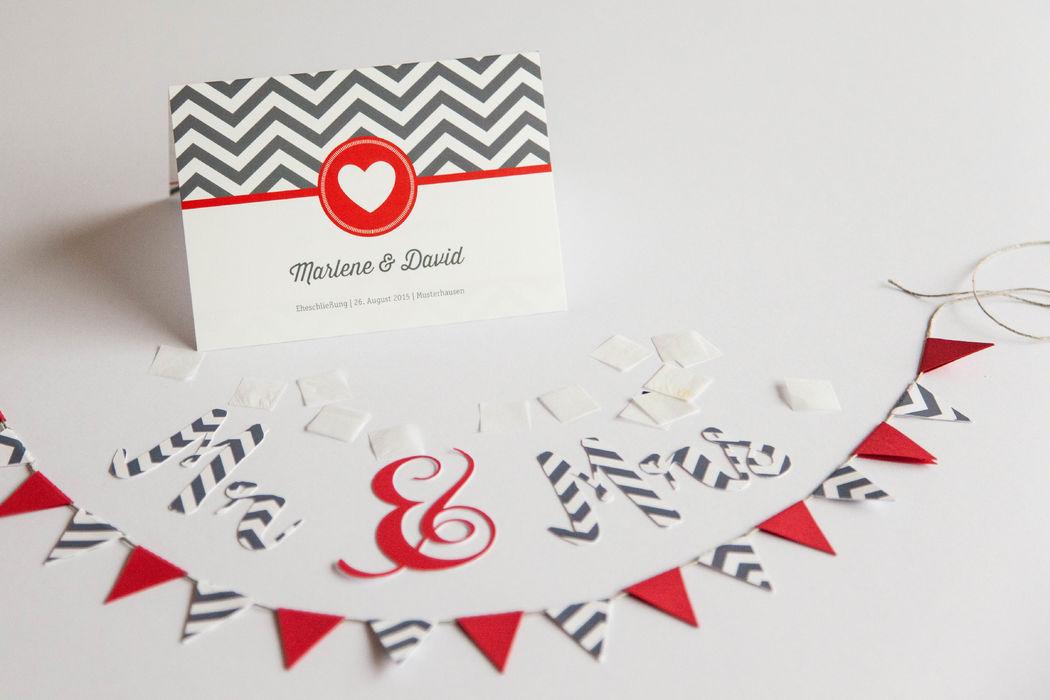 Beispiel: Hochzeitseinladung Thema Hamptons, Foto: familiensache.