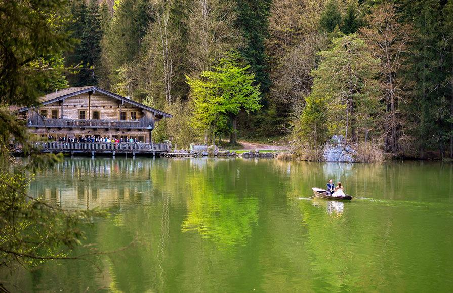 Romantische Hochzeit am See by Tommy Seiter