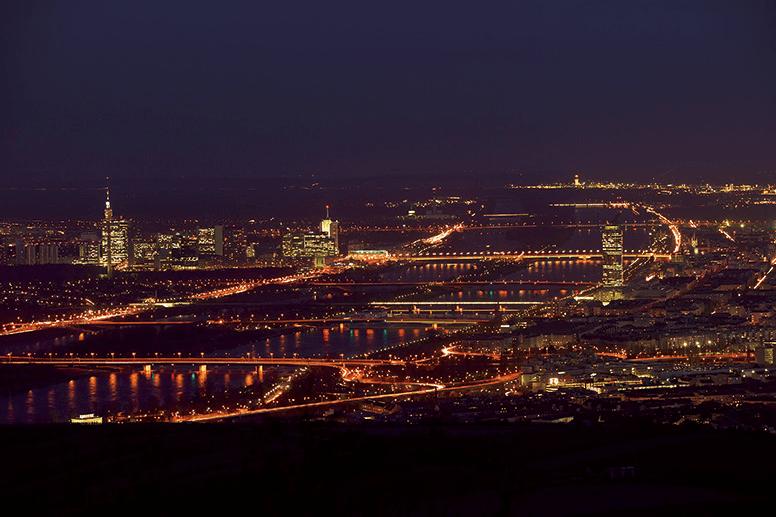Beispiel: Wundervoller Blick auf Wien, Foto: Terrasse Kahlenberg.