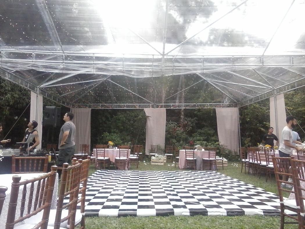 Tenda 10x10 - Cristal  Cortinas de voil ] Pista de dança