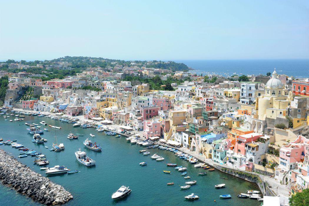 Procida, perla nel Golfo di Napoli