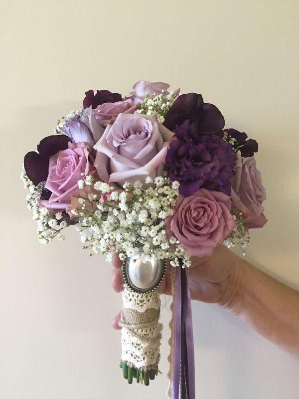 Brautstrauss: lila/violett
