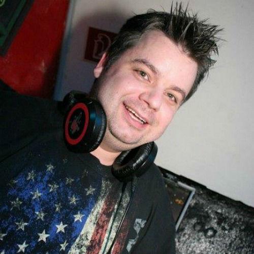 Beispiel: DJ Dan, Foto: DJ Dan - Mobile Disco.