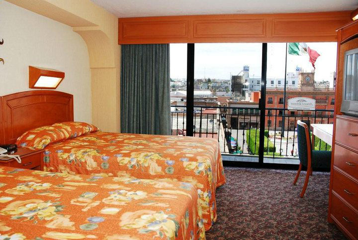 Howard Johnson Hotel Condesa en León