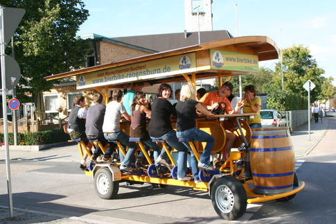 Beispiel: Radtour in der Gruppe, Foto: BierBike Regensburg.