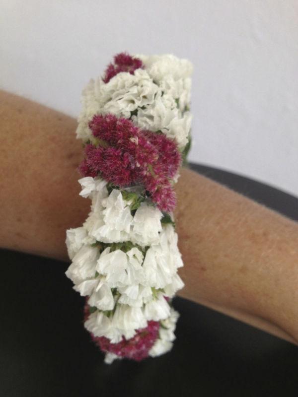 Bracelet de fleurs fraîches - Création Les Fées Nature