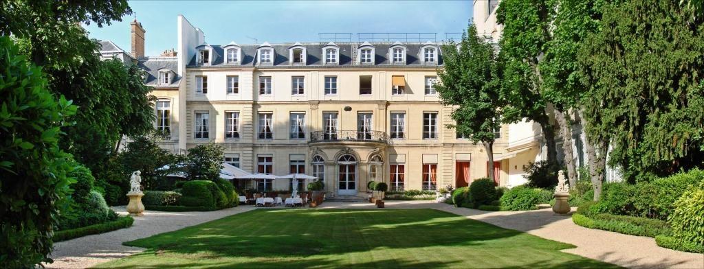 Hôtel Amelot de Gournay