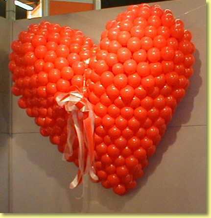 3-D-Ballon-Skulpturen. Erfahren Sie mehr auf unseren Webseiten unter www.ballonzauber.de