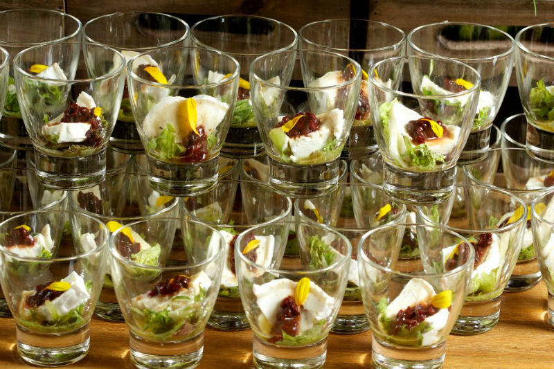 Beispiel: Dessertgläser, Foto: Kreativ Catering.