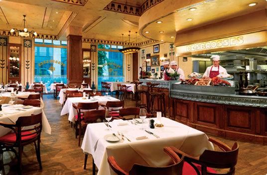 Beispiel: Hotelbrasserie, Foto: The Ritz-Carlton, Berlin