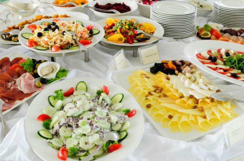 Beispiel: Kulinarische Köstlichkeiten, Foto: Capitol Yard Golf Lounge.